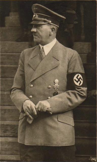 Adolf Hitler-Der Fuehrer-72